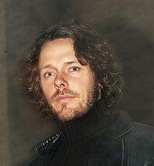 Forfatter, komponist, musiker og sanger. Bosatt i Oslo