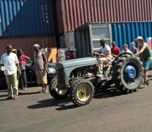 Traktor i Banjul